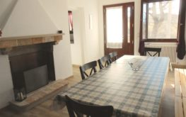 sala camino tavola